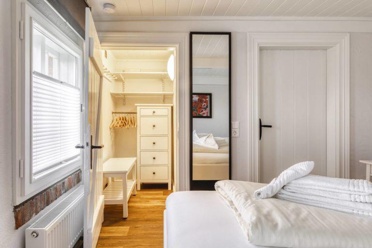 Blick in ein Schlafzimmer der Unterkunft